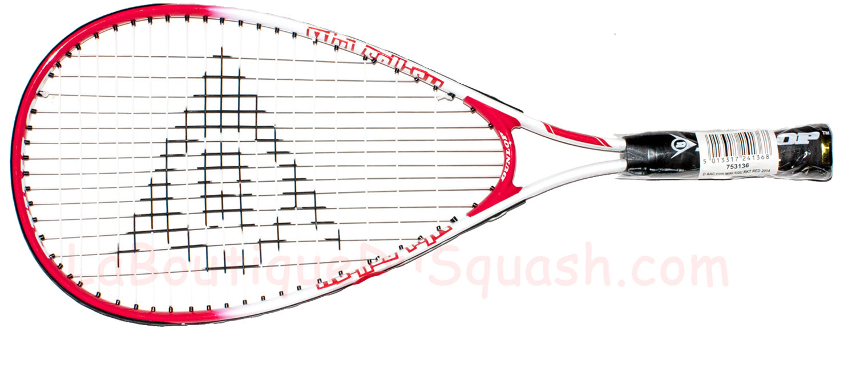 La raquette de squash Dunlop Fun Mini Squash mesure 56 cm. Elle est dédiée aux  plus petits. Raquette pour les 3 à 6 ans ou 7 ans tout débutants.