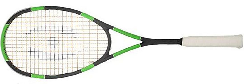 La raquette de squash Harrow SPARK est une raquette de squash étonnante, très légère pour un cadre rond. Le cordage se marie parfaitement avec cette raquette. pour les joueurs souhaitant une raquette précise mais maniable. Nous ne sommes pas étonnés que Jonathan Power ait mis au point cette raquette. Elle permet des coups de poignets ou des changements cachés vivaces. (malgré le fait que les joueurs de ce niveau mondial ont souvent des raquettes plus lourdes.) Ce qui est étonnant, c'est la dynamique de la raquette sur les petites frappes  La raquette de squash Harrow SPARK est précise, légère, dynamique sont ses qualités. cordée.  Harrow ne propose plus de housse. Nous pouvons vous fournir une autre housse si vous le souhaitez.(à préciser dans les commentaires au moment de votre commande). Un régal à jouer.