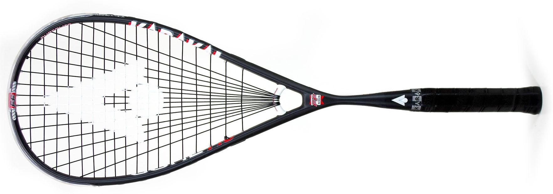 Cette raquette de squash Karakal CORE 110 a vraiment du poids en tête qui apporte une bonne puissance. Le poids light lui permet d'avoir une maniabilité et de pouvoir enchainer les frappes. De très bonnes sensations de frappes sont obtenues. Ceux qui souhaitent du haut de gamme très léger se dirigeront vers la série S, mais les autres ne souhaitant pas être obligés d'accélérer le bras tout le temps choisiront cette raquette Karakal CORE 110.