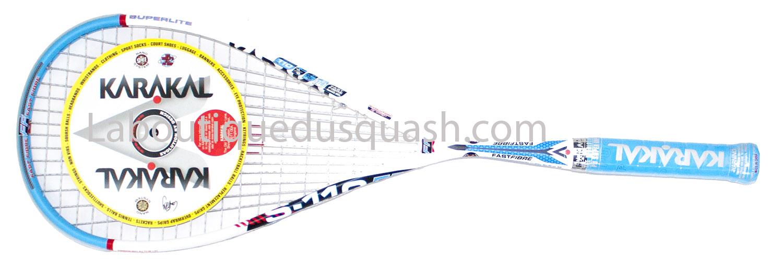 La raquetet de squash <strong>Karakal S 110 FF</strong> est une très bonne raquette de squash, qui garde les paramètres de maniabilité mais qui va privilégier la puissance par rapport à ses deux soeurs SN 90 et S 100 FF.<br> Avec 5 à 8 gr gr de plus sur la balance, nous restons sur une raquette qui fait partie toujours des plus légères, mais le petit poids en plus est bien apprécié pour ne pas être obligé d'accélérer tout le temps le bras pour frapper fort. C'est pour  nous un bon équilibre entre maniabilité et puissance avec un tarif mini pour ce genre de raquette ! . poids constaté 141 gr.