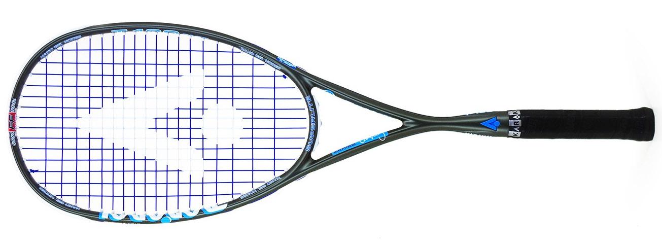 La raquette de squash T 130 FF est le cadre rond de Karakal. Un équilibre légèrement en tête, un manche assez fin en épaisseur, pour les joueurs recherchant la précision<br />147 gr à la pesée.