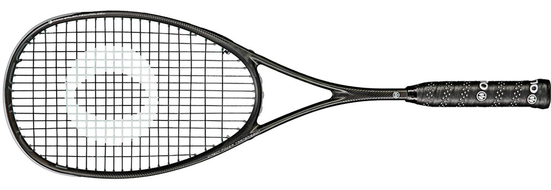 la raquette de squash Edge 2 PE Oliver vient ajouter plus de puissance à cette gamme Edge. Elle retient plus notre attention, elle permet toujours une très bonne maniabilité mais apporte plus de puissance.  housse et cordée.